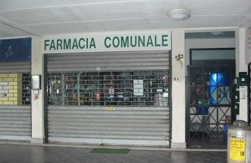 «Stiamo facendo l'impossibile per far uscire la farmacia  dalla palude»